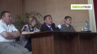 Аким Ысык-Атинского района призывает граждан закрыть дорогу для водителей Хово