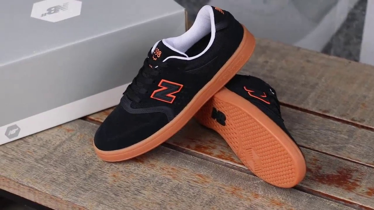 Tênis New Balance Numeric 598