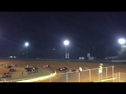 Fayetteville  Motor Speedway Dirt Open Wheel Modified 4/4 10-6-18