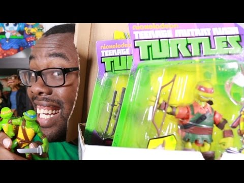 NINJA TURTLES TOYS HAUL : Black Nerd