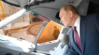 Путинская Россия нищеты дворцов и золотых унитазов