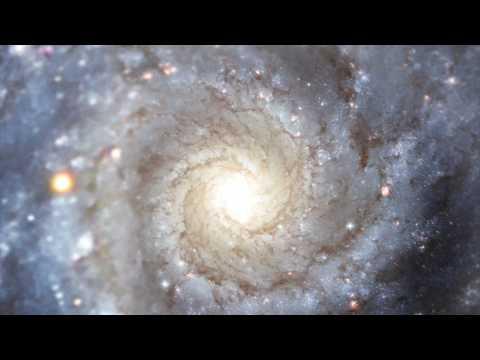 Cмотреть Hubblecast 11. М74 - Грандиозная галактическая гирлянда
