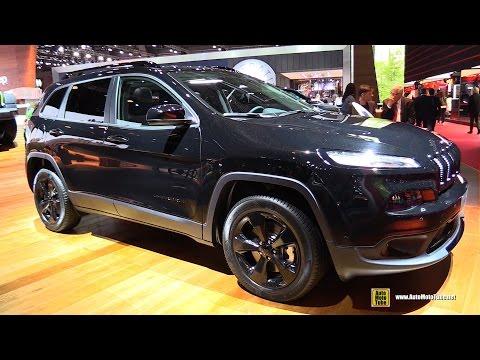 2017 Jeep Cherokee Night Eagle II 2.2L Diesel - Exterior Interior Walkaround - 2016 Paris Motor Show
