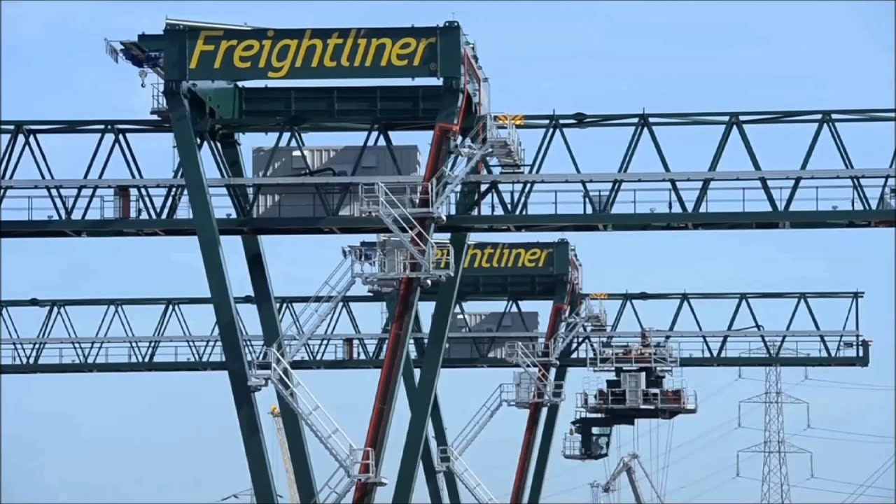 Liebherr - Container Cranes Products