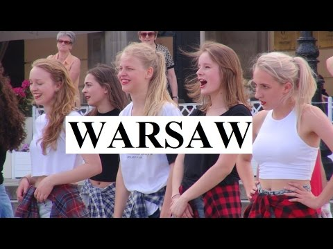 Poland/Warsaw (Girls dancing in the old town) Part 5