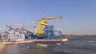 New Suez Canal: the first video exclusive for three dredgers at one site involved in dredging