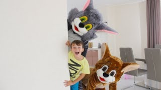 ALİ TOM VE JERRY İLE SAKLAMBAÇ OYNADI Hide and seek with Tom & Jerry in house