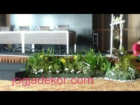 Contoh Karya Pembuatan Taman Mini Garden Panggung Gathering