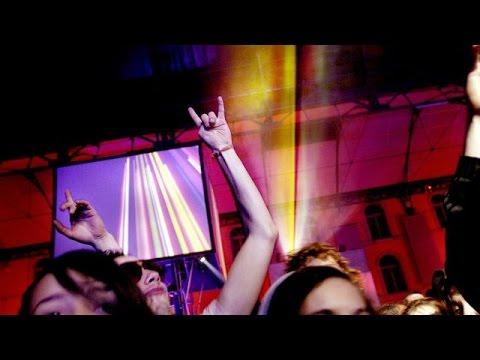 DJ DAX J PRISON POUR AVOIR REMIXE L APPEL A LA PRIERE DANS UNE BOITE DE NUIT ?!?! PREUVES ET DEBAT