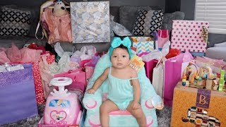 GIFT OPENING WITH SERENITY **she