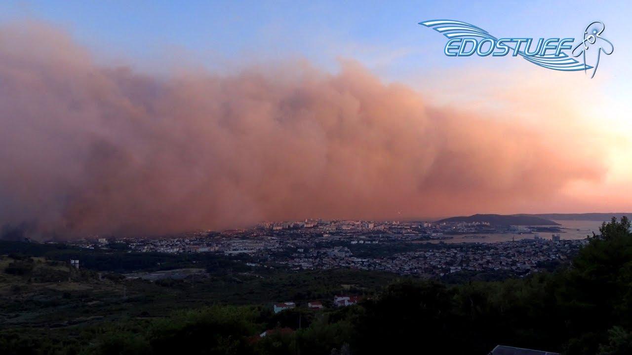Po ar u okolici splita massive wildfire near split city for Splity 3 en 1