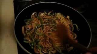 boyMoon Chow Mein