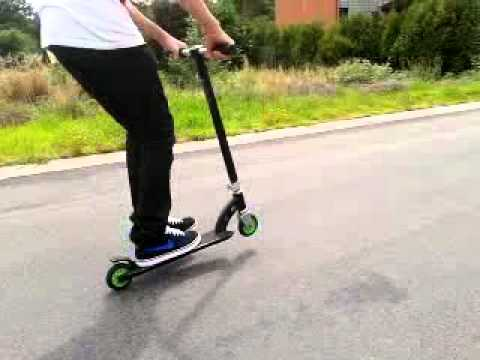 freestyle scooter clip manual tailwhip youtube rh youtube com Pro Scooters Envy Scooters