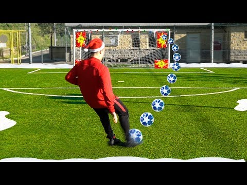 CHRISTMAS ACCURACY FOOTBALL CHALLENGE!!! w/Fius Gamer, Ohm & Footwork Italia