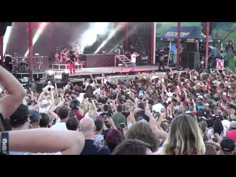 Godsmack's Boise Mayhem Festival crowd