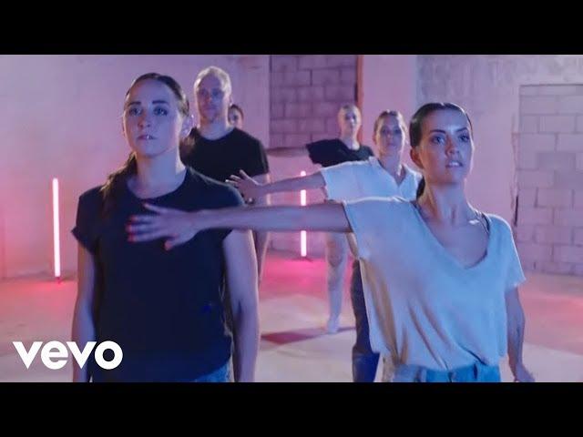Gryffin, Elley Duhé - Tie Me Down (Lyric Video)