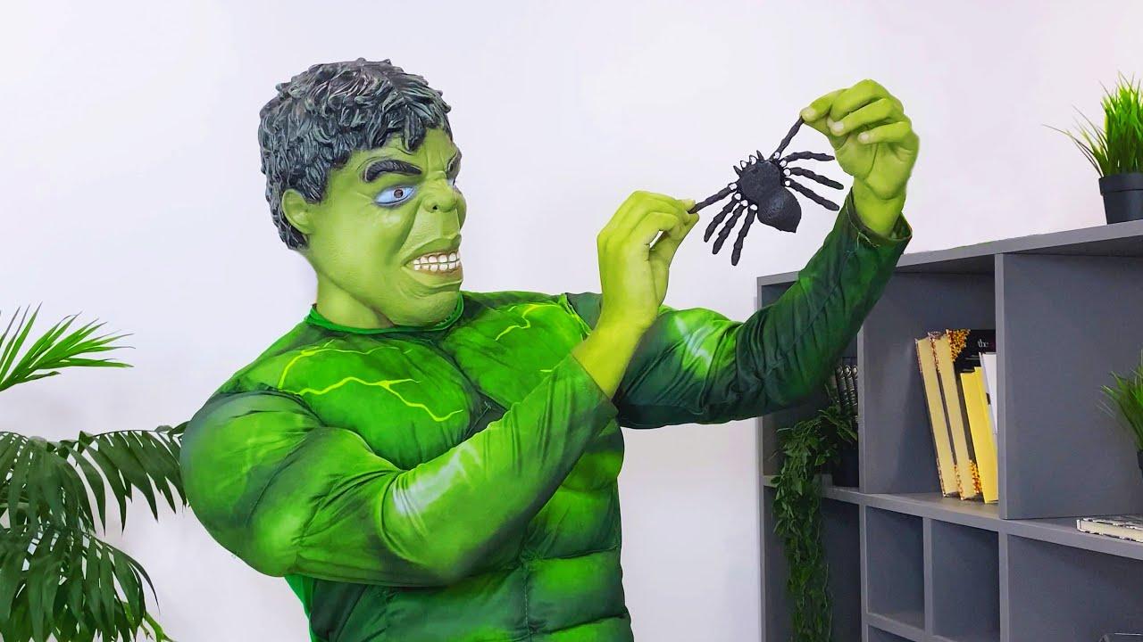 Hulk slipped a spider to his friend Spider-man