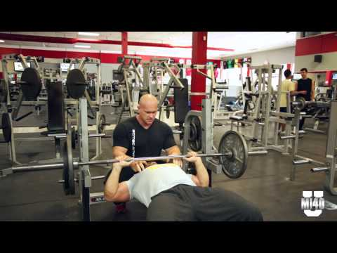 Ben Pakulski Teaches Chest Training for Bodybuilding - Part 1