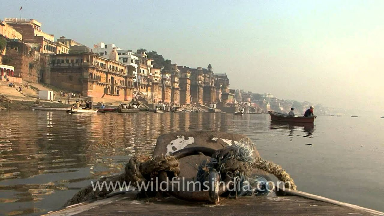 Ganga ghat of Varanasi - YouTube