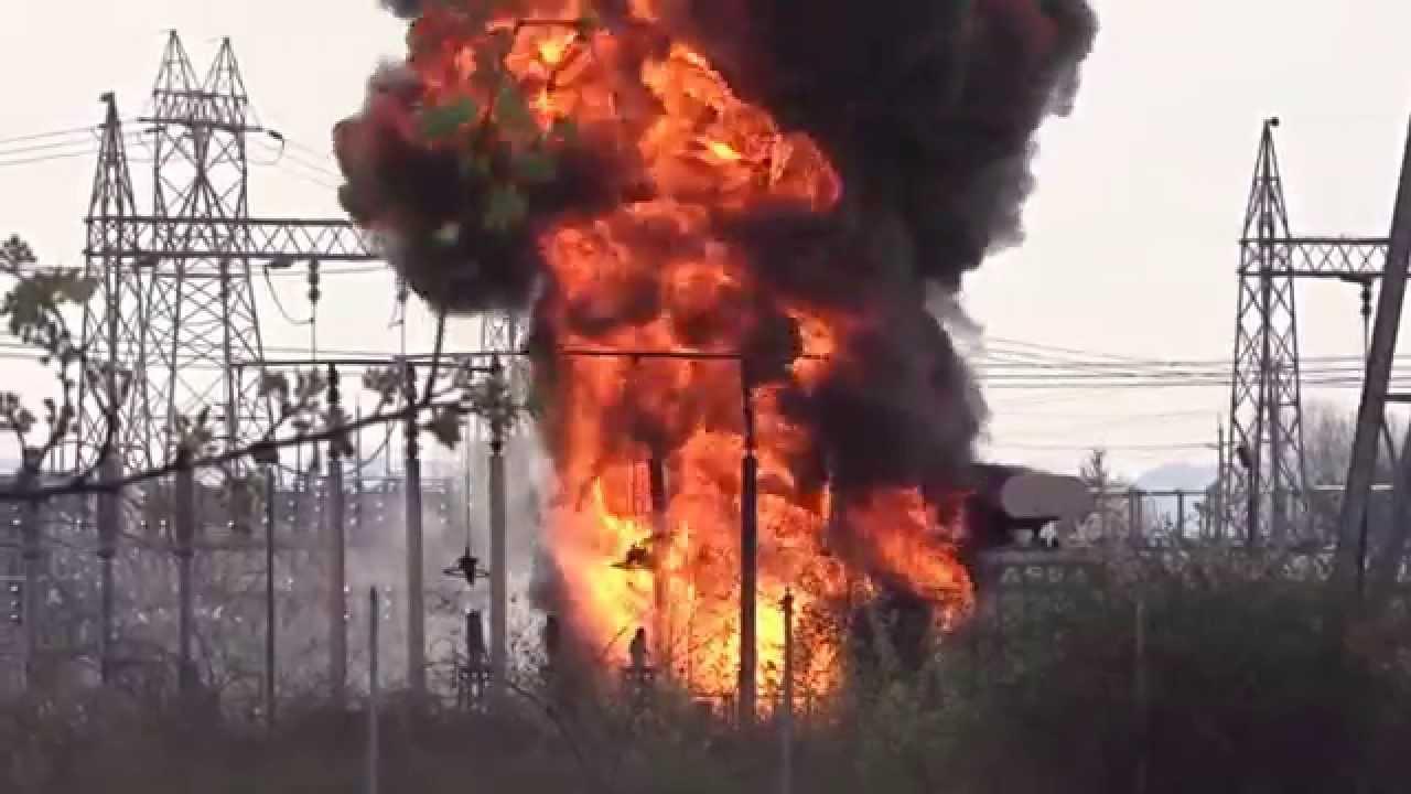 Bpa Keeler Substation Fire 3 6 2015 Youtube Circuit Breakers Pretoria Image