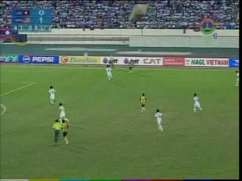 Laos V Malaysia Semi-Final Football SEA Games(4)
