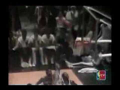 NBA Vault: Moses Malone gets traded to Philadelphia