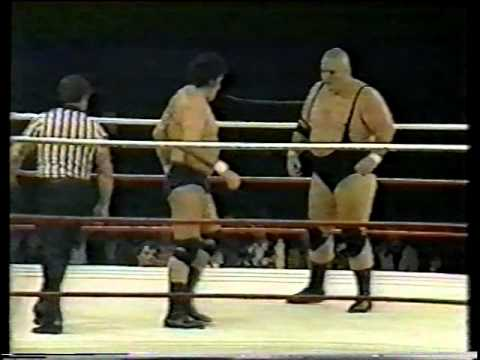 Billy Robinson vs King Kong Bundy