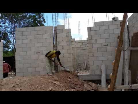 Muros de block 2. Casa Lagos Cancun