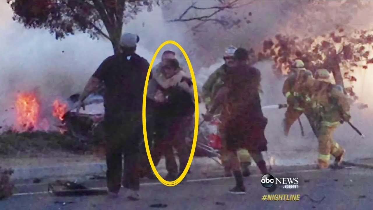 Paul Walker Car Crash Pics >> Paul Walker Dies car crash Footage of Paul Horrible car Accident Porsche crash 11 30 2013 - YouTube