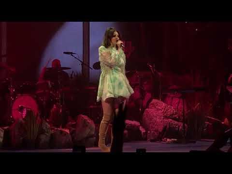Lana Del Rey - West Coast - Live in San Diego