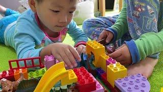 レゴで恐竜園をつくる