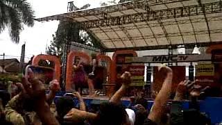 Video Iceu Wong ft Melinda 21 03 12 Grebek Nusantara Sukabumi MNCtv download MP3, 3GP, MP4, WEBM, AVI, FLV Agustus 2017