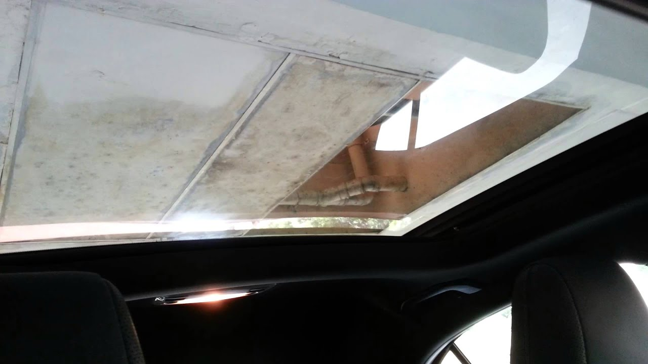 Mercedes benz a class panoramic sunroof for Mercedes benz sunroof