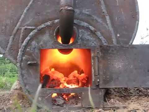 Печь для изготовления древесного угля.
