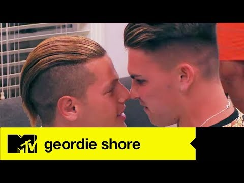 Ep#1 CATCH UP: OMG! Sam Kicks Off With Aussie Alex Over Chloe Flirt | Geordie Shore 1701