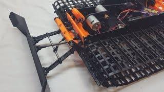 Spyker Workshop - Injection Molding Delrin! RobotDigg