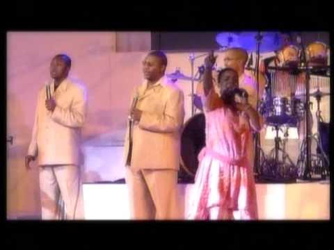 Rebecca Malope  ft Sfiso  - Yek' Umusa [Live In Soweto]
