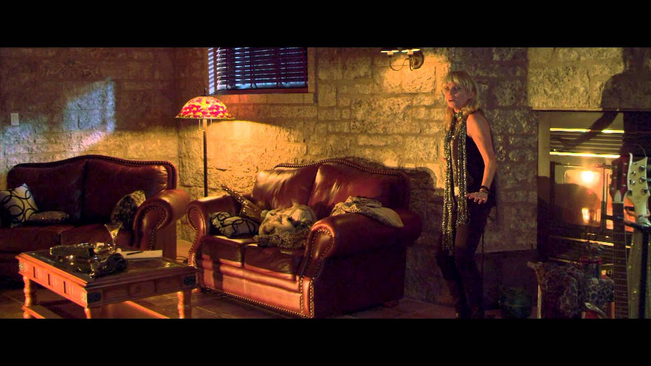 Apartment 1303: Clip - Family Dynamics - YouTube