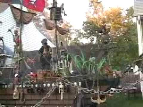 Bob & Mary's Pirate ship Halloween display part 2 Daylight view 2007 Edison NJ