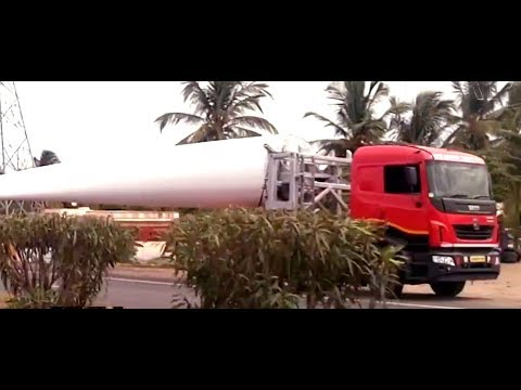 WIND MILL BLADE CARRIERS PARKED ON BANGALORE HIGHWAY - ASHOK LEYLAND CAPTAIN - TATA PRIMA - MAN