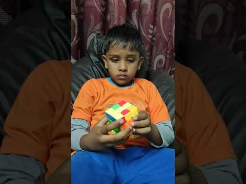 Kavin Ramkumar solving Rubik's cube - 20 Feb 2020