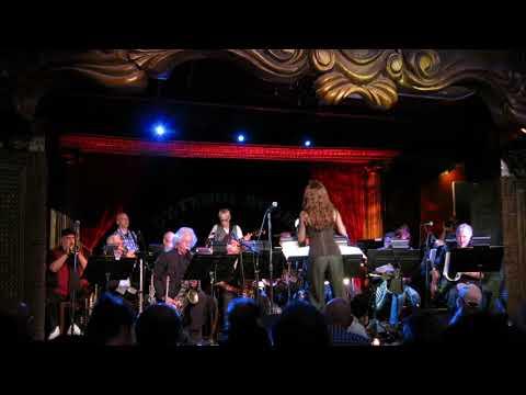 Lisa Maxwell's Jazz Orchestra Plays