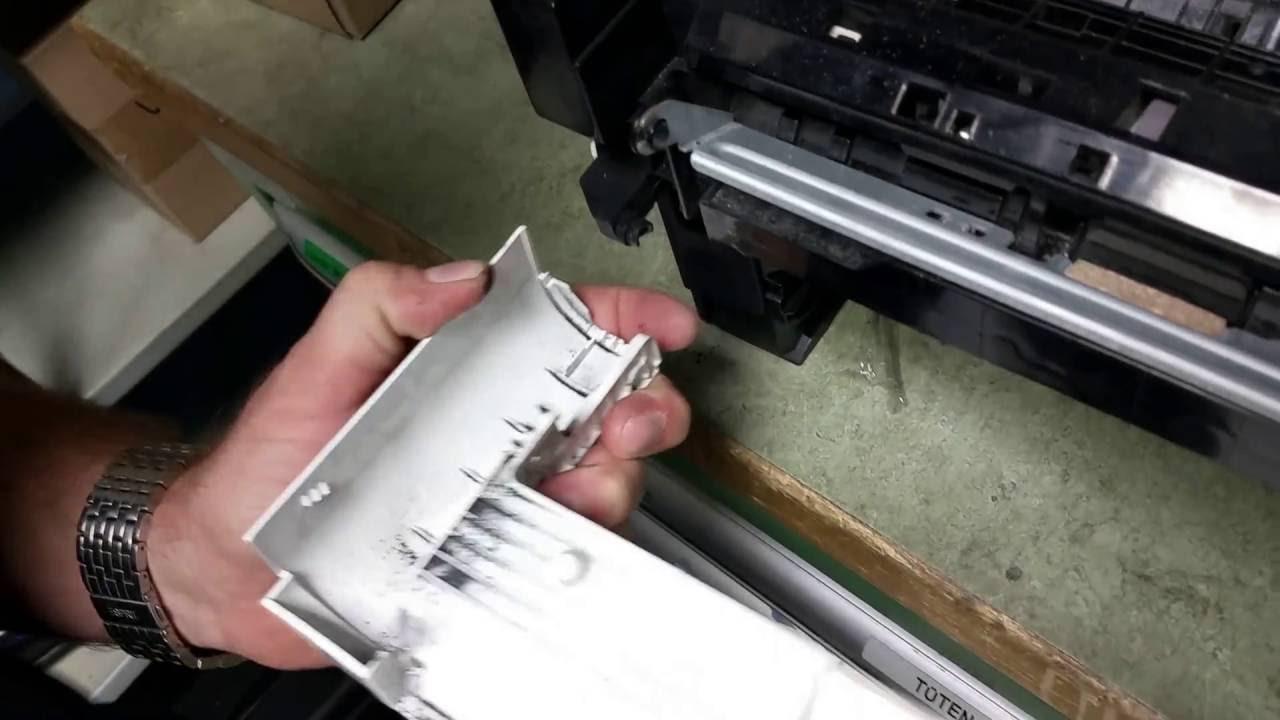Ausbau MP-Tray Kyocera FS-4100 😬