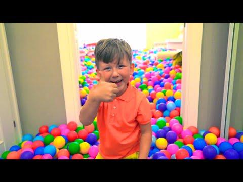 1،000،000 كرة ملونة في منزل سينيا. مزحة سينيا مع أبي