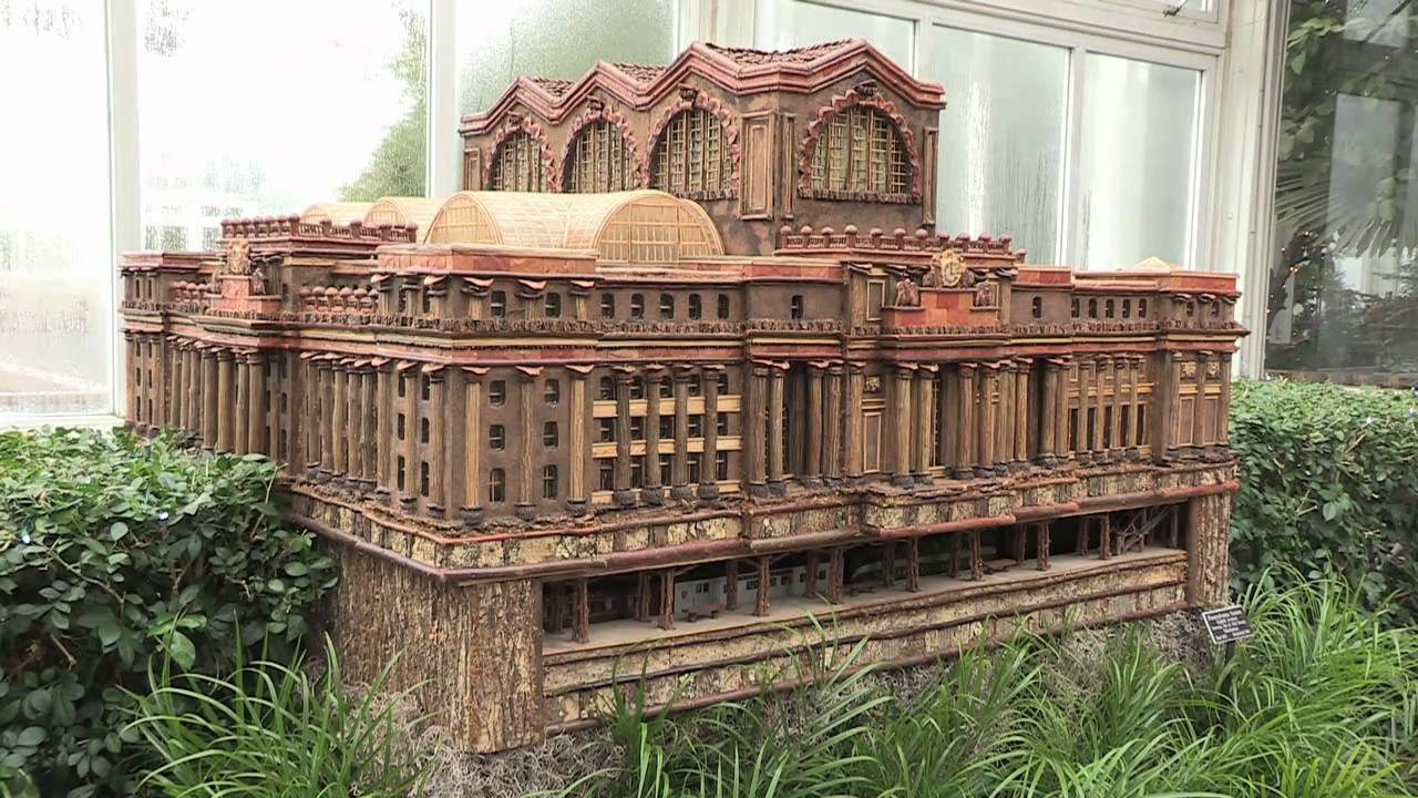 The New York Botanical Garden\'s Holiday Train Show — 2010 - YouTube