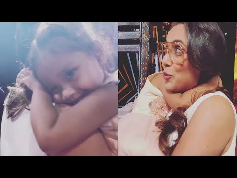 Rani Mukherjee's CUTE Moment With Daughter...