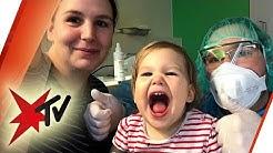 Erste Gehversuche nach Therapie: Hilft Hannah das teuerste Medikament der Welt?  | stern TV