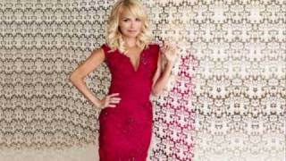 Watch Kristin Chenoweth The Christmas Waltz video
