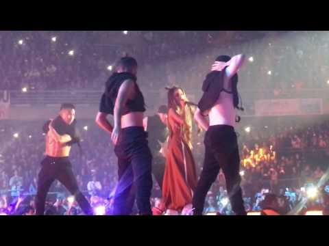Ariana Grande - Into You - Dangerous Woman Tour 2017 - Santiago Chile - Primeras Filas