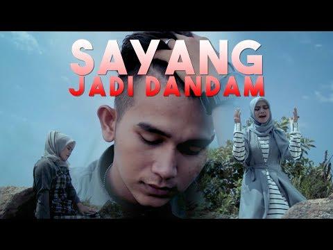 Lagu Minang Terbaru ROZA SELVIA & SRI FAYOLA - Sayang Jadi Dandam (Official Music Video).mp3